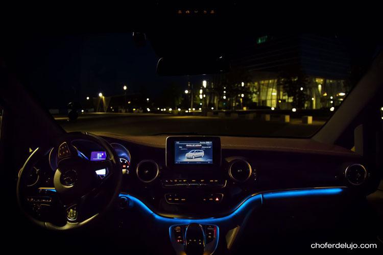 minivan-mercedes-benz-clase-v-con-conductor-01