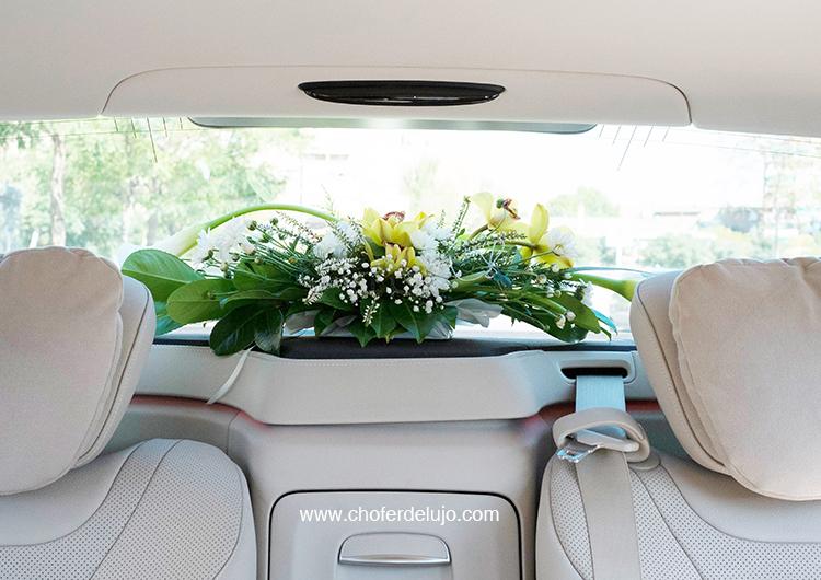Alquiler de coches con chofer para bodas. 3 puntos clave.