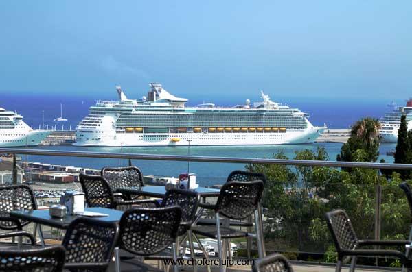 alquiler-coche-con-conductor-para-cruceros-barcelona-puerto