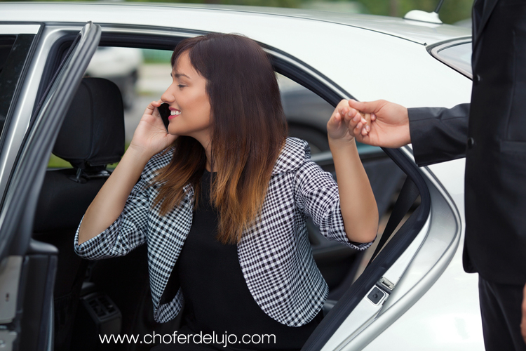 private-chauffeur-spain-women